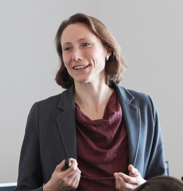 Photo of Dr. Anke Weidlich